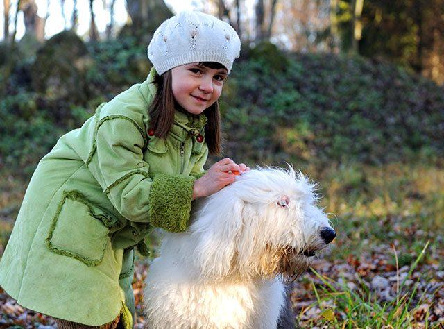 enfants et chiens etrangers